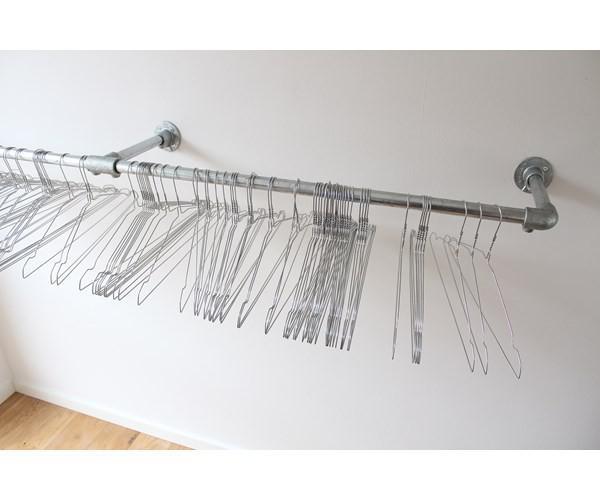 bøjlestang til væg Bøjlestang Flot bøjlestang til montering på væg, findes i følgende  bøjlestang til væg