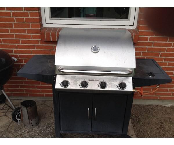 Billig Gasgrill Med Lavasten : Gasgrill grill med 4 brænder og 1 side brænder