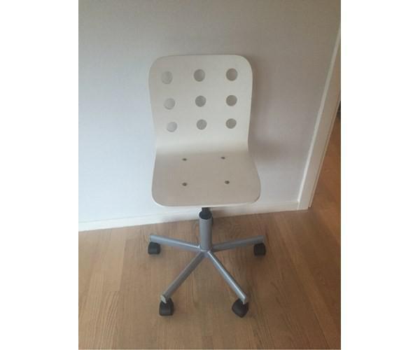 kontorstol ikea hvid ikea junior kontorstole s lges 100kr. Black Bedroom Furniture Sets. Home Design Ideas